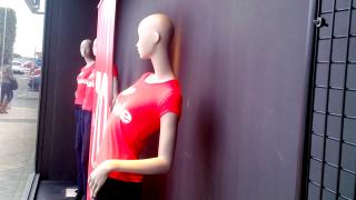 Mantenimiento de tienda Desigual (Jerez)