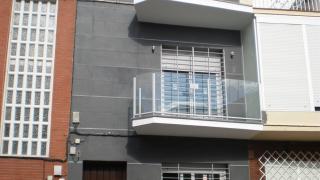 Reforma y ampliación de una 3ª planta en vivienda unifamiliar entre medianeras en el barrio de Nervión, Sevilla - TTC Spain